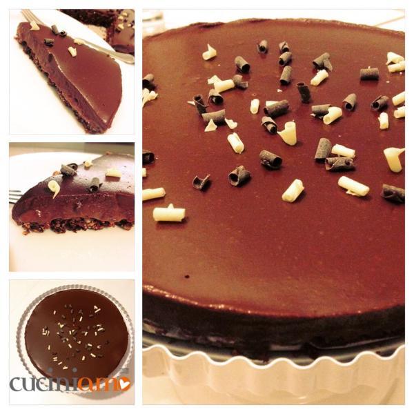 torta golosa lamponi e cioccolato