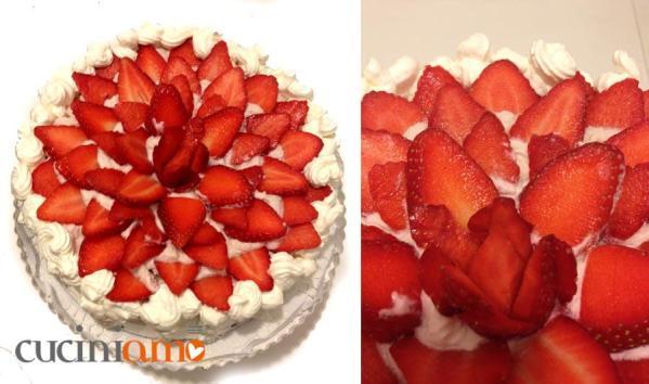 Torta golosa panna e fragole passo passo