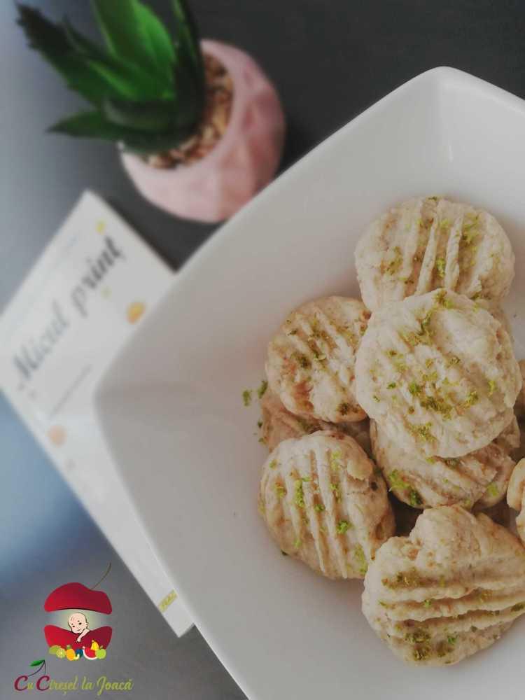biscuiti fragezi cu osanza