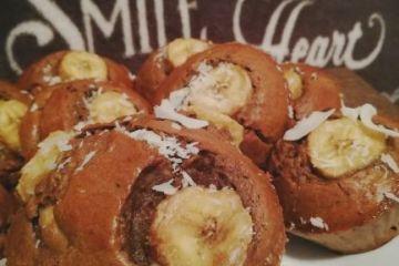 briose ciocolatoase cu cocos si banane