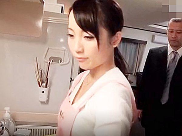 ◆陵辱・人妻NTR エロドラマ・倉多まお◆キッチンで作業する美人奥様。。こっそり侵入し背後から襲いかかる鬼畜男です..
