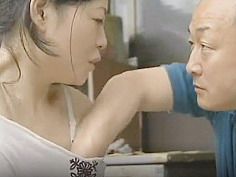 ★エロドラマ・浮気妻|ロマンポルノ・人妻NTR★「亭主、どこ行った?」『とうぶん帰らん♡』洗濯しながら発情する奥様です