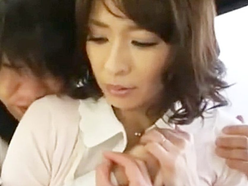 ◆NTR・エロドラマ|母子相姦・矢部寿恵◆『だっ、ダメョ..』キッチンで背後から息子に迫られる美熟女ママ!?拒否デキない