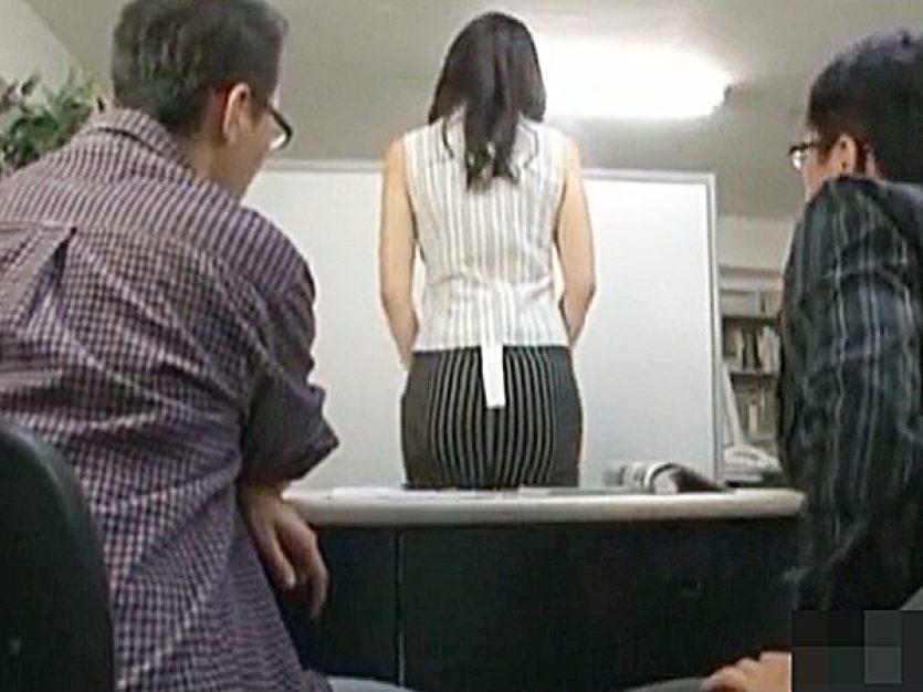 ◆人妻NTR・面接 センズリ鑑賞・着衣セックス◆『おっ、イイねぇ~!』23歳の奥様がモデルのアルバイトに応募ですが..