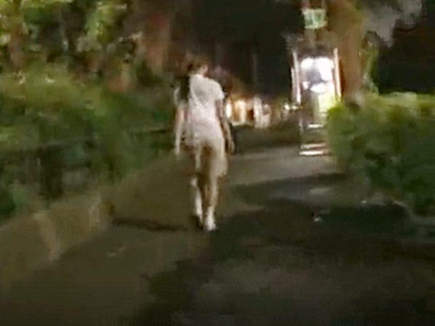 ◆婦女暴行・連れ込み|性犯罪◆夜道を一人歩きする可愛い無防備お姉さん。。こっそり尾行して襲いかかる鬼畜男ですョ..