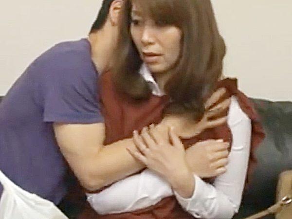 ◆NTR・エロドラマ 嫁の母・翔田千里◆『どっ、どうしたの..!?』豊満美熟女な義母と2人きりのチャンス。。娘婿が発情や