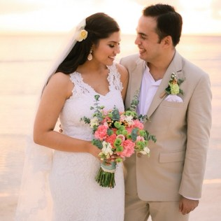 Peach & Mint Green Bouquet for Sarah's Bohemian Boracay Wedding // photo by J. Lucas Reyes