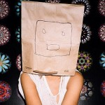 Who is Sia? Discover the story of an amazing artist who hates fame!