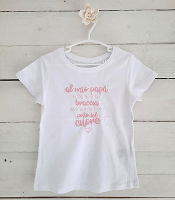 Cucyscuci T-shirt con dedica festa del papà per il tuo bimbo e bimba con ricamo personalizzabile