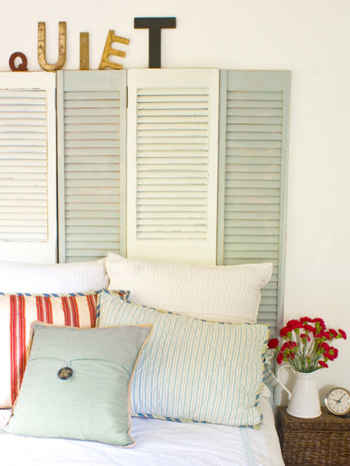 DIY headboard: reclaimed shutters