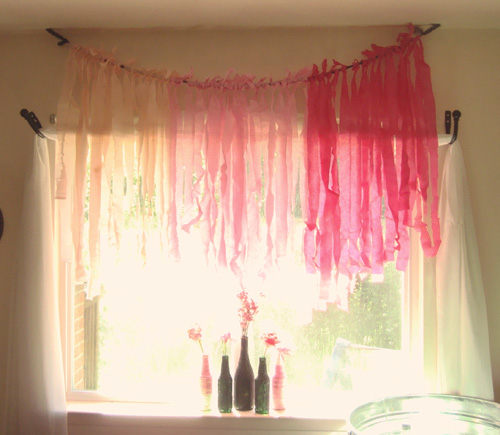 DIY crepe paper curtain