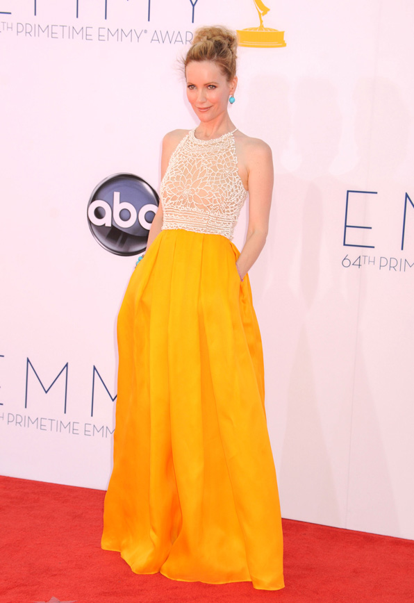 Leslie Mann 2012 Emmy fashion
