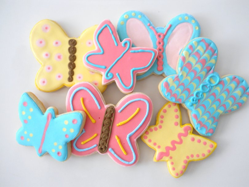 Etsy Finds: The Happy Caker butterfly cookies