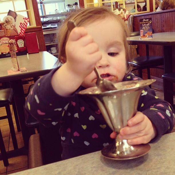 mom diary: Ellie ice cream
