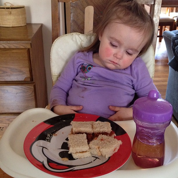 mom diary: sleepy bean