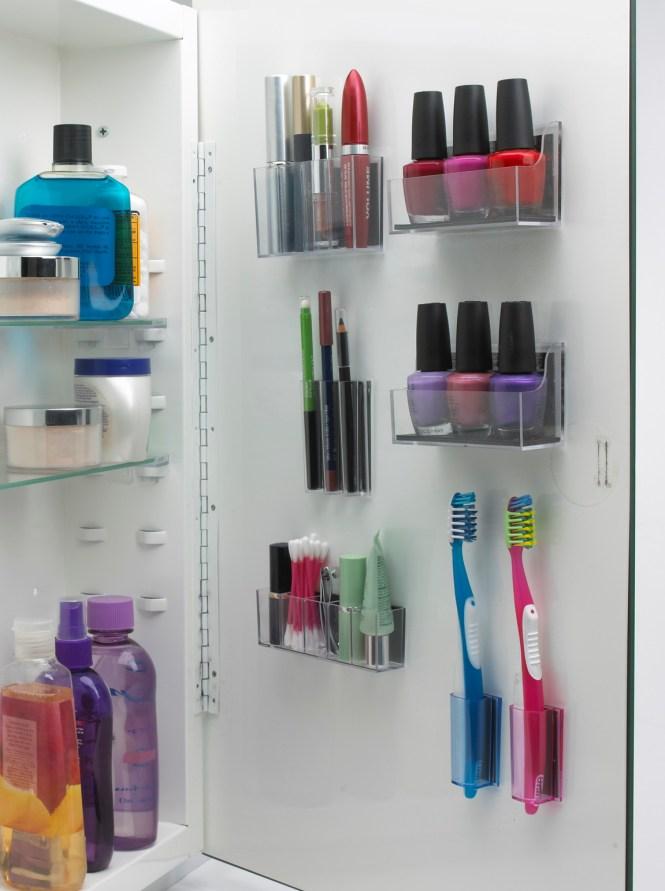 bathroom organization: magna pods