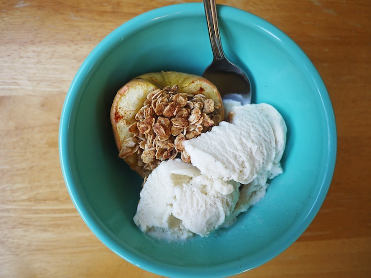 apple recipes: baked apple
