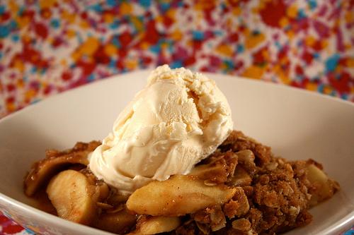 apple recipes: gluten free apple crisp