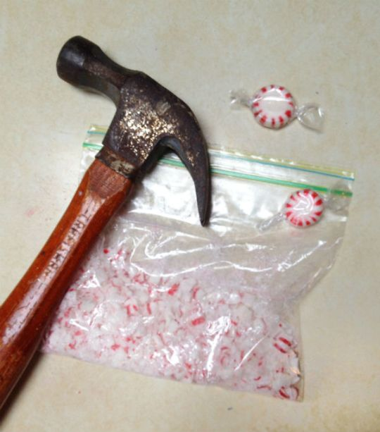 making easy holiday cookies