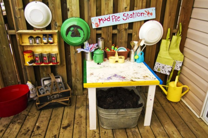 outdoor living inspiration: mud pie station