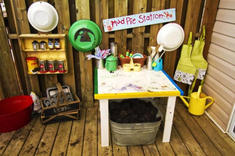 outdoor living inspiration: mud pie station