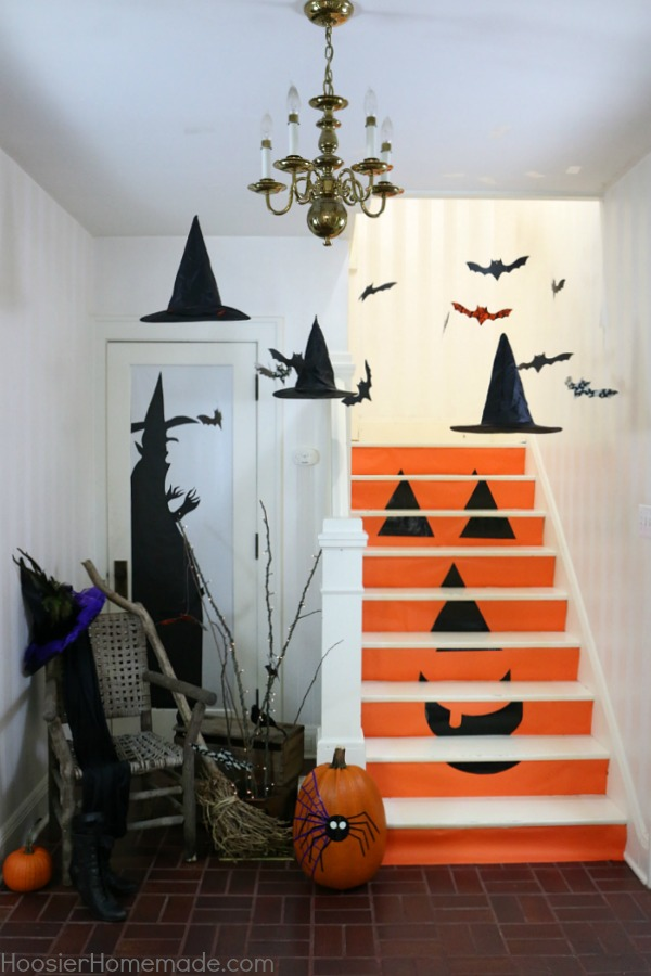DIY Halloween decor | floating witch hats