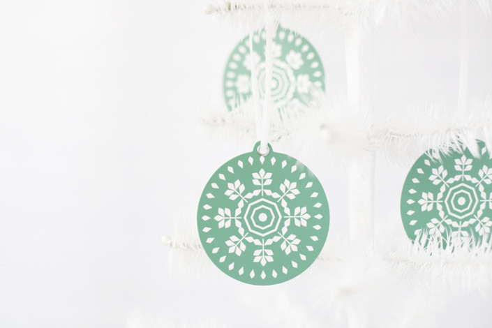 Minted holiday gifts and decor | geometric snowflake ornament set