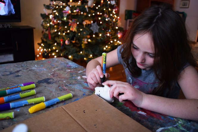 decorating ceramic ornaments