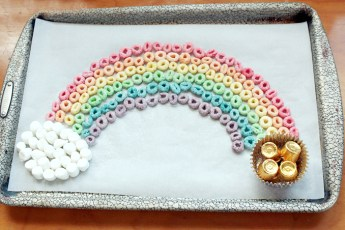 Kids Rainbow Crafts - Edible Rainbow with Cereal