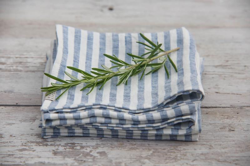 9 Handmade Products That Will Help Your Family Produce Less Waste - Magic Linen cloth napkins