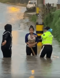 Cuenca recovers from Saturday floods; India's Covid crisis slows vaccine shipments; Evangelicals plan abortion referendum; Is Moreno Miami-bound?