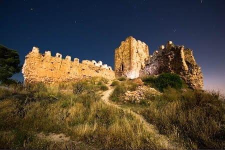 Fotografia nocturna en el Castillo de Serra