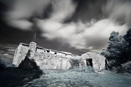Fotografia infrarroja, el Mas de Tetuan