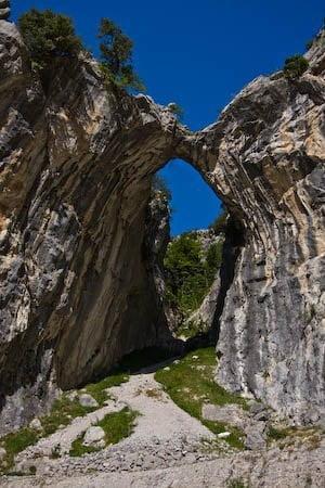 Ruta del Cares de Poncebos - Cain - Poncebos y funicular de Bulnes. 1