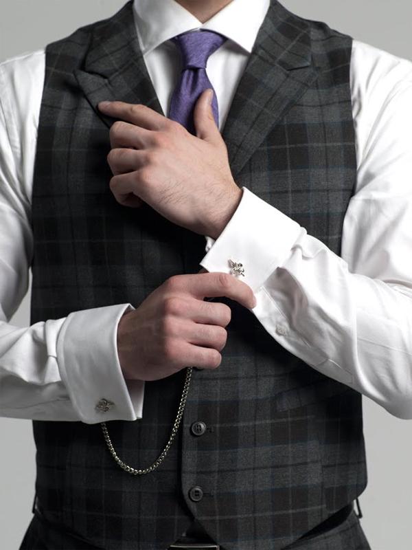 11 Reasons why men should wear Cufflinks