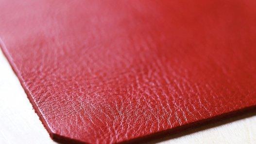 tapis de souris en cuir de vache rouge