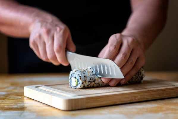 California Sushi Roll Cut