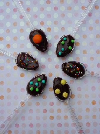Les cuillères gourmandes au chocolat  *Goûters de Pâques # 4*  Cuisine de Deborah