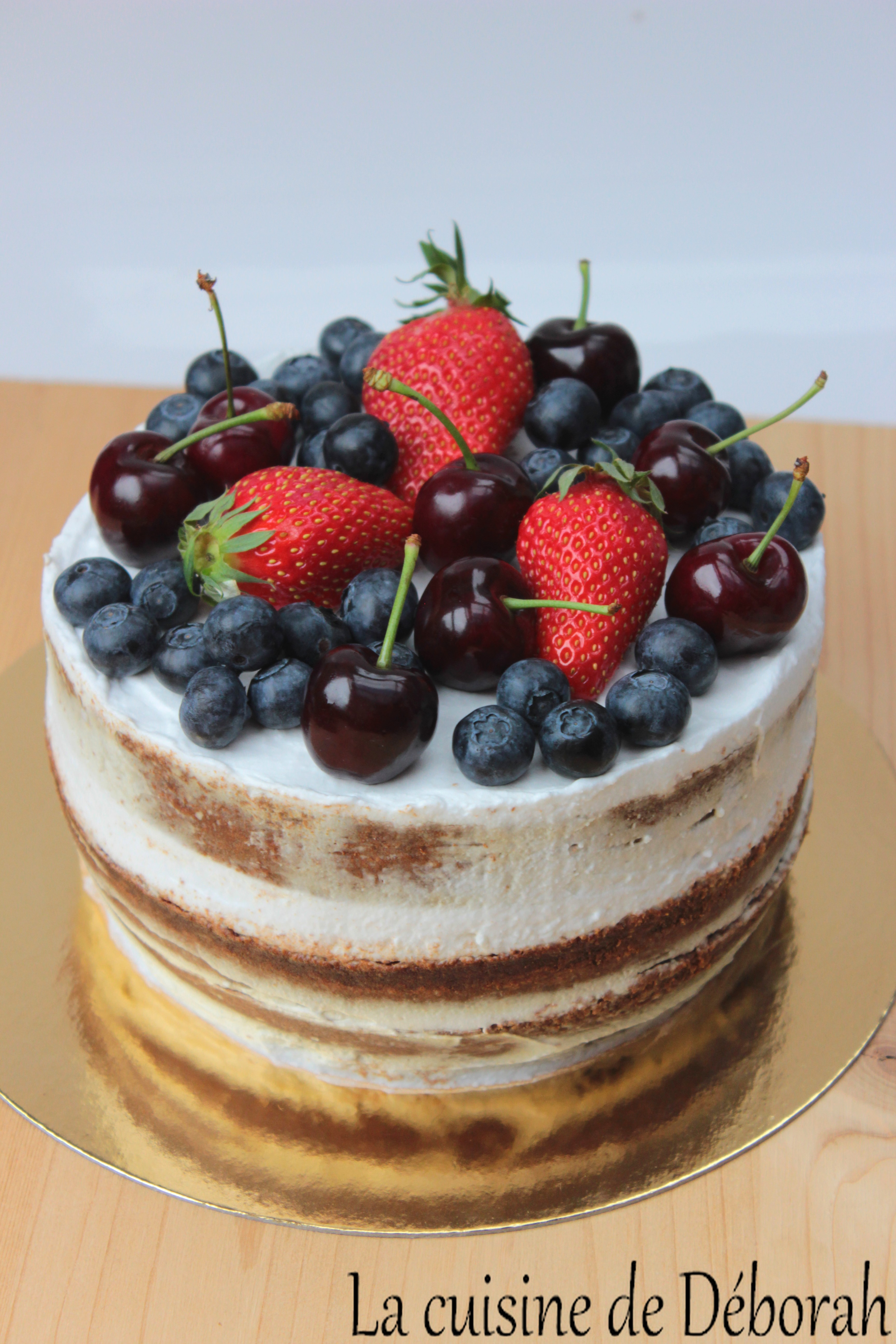 Recette Naked cake aux fruits rouges