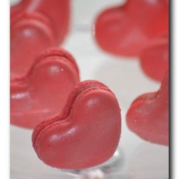 Macarons d'amour à la fraise et menthe poivrée