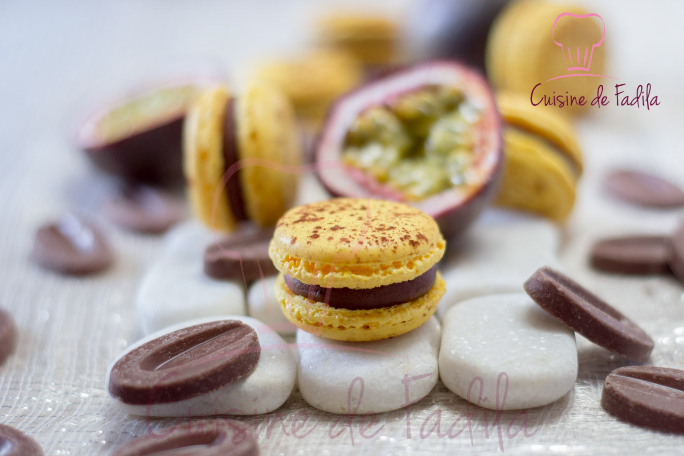 Macarons Mogador: chocolat au lait et fruits de la passion
