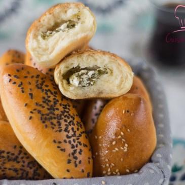 Petit pain turc au fromage et persil: Poğaça