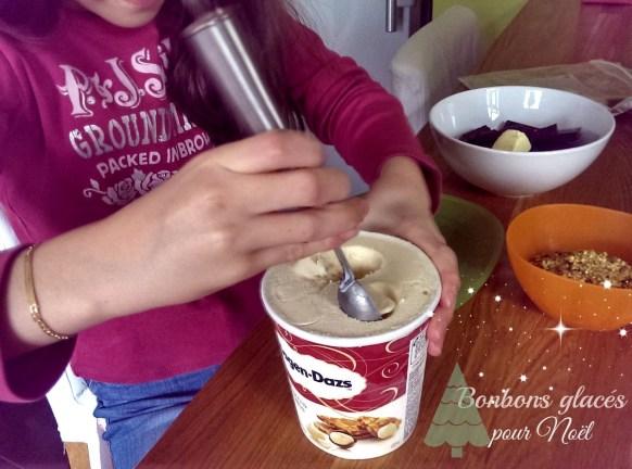 Cassandra fait ses bonbons en glace