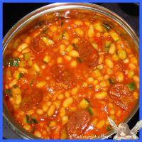 Haricots Blancs et Dés de Courgettes au Chorizo et à la Tomate