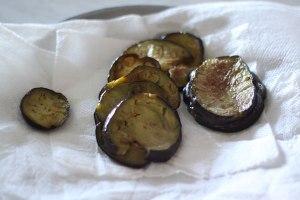 aubergines-sur-papier-absorbant