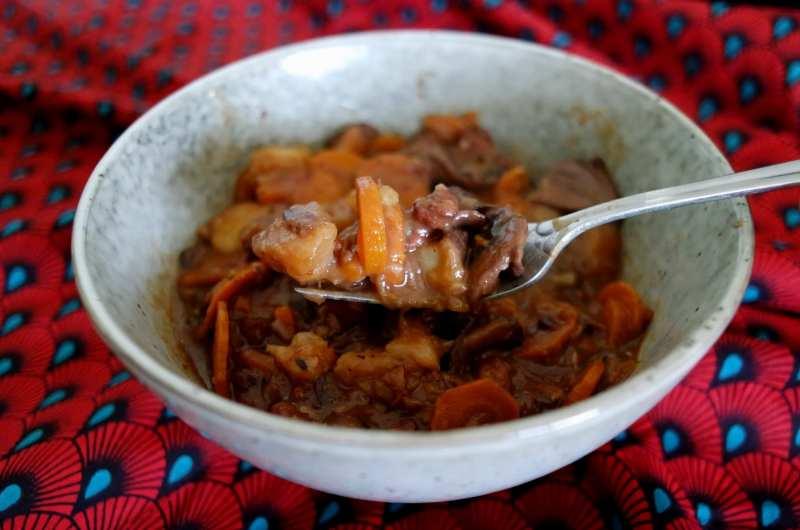Bourguignon sans viande aux champignons et protéines de soja