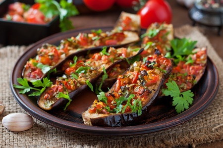 42724631 - baked eggplant with tomatoes, garlic and paprika