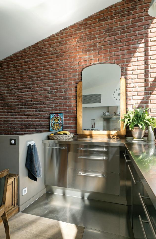 esprit atelier cuisines et bains. Black Bedroom Furniture Sets. Home Design Ideas