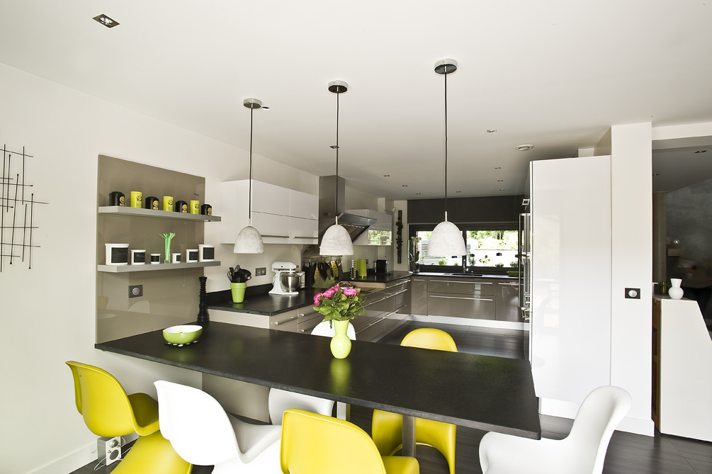 grande cuisine bicolore en L