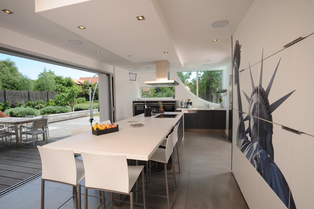 fenetre bandeau cuisine portes et fentres 7 ides pas. Black Bedroom Furniture Sets. Home Design Ideas